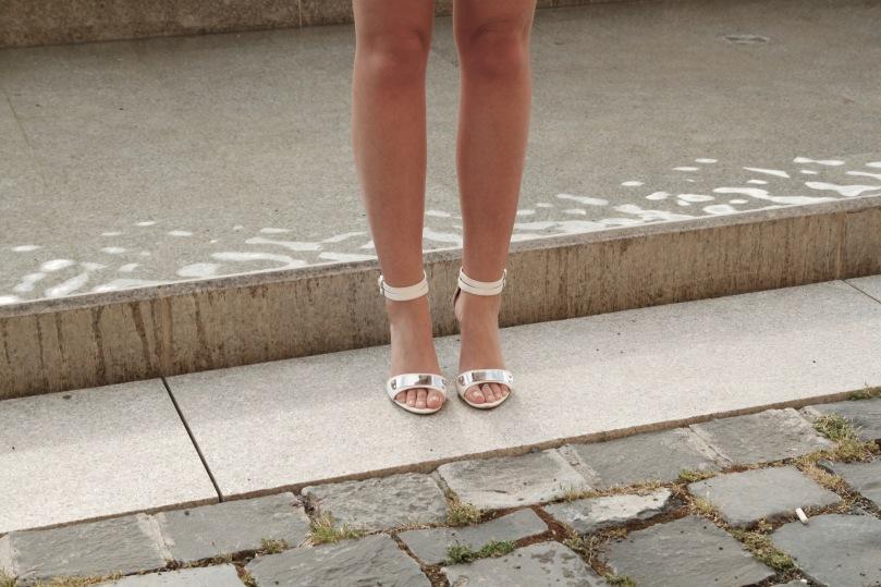 white_new_look_heels