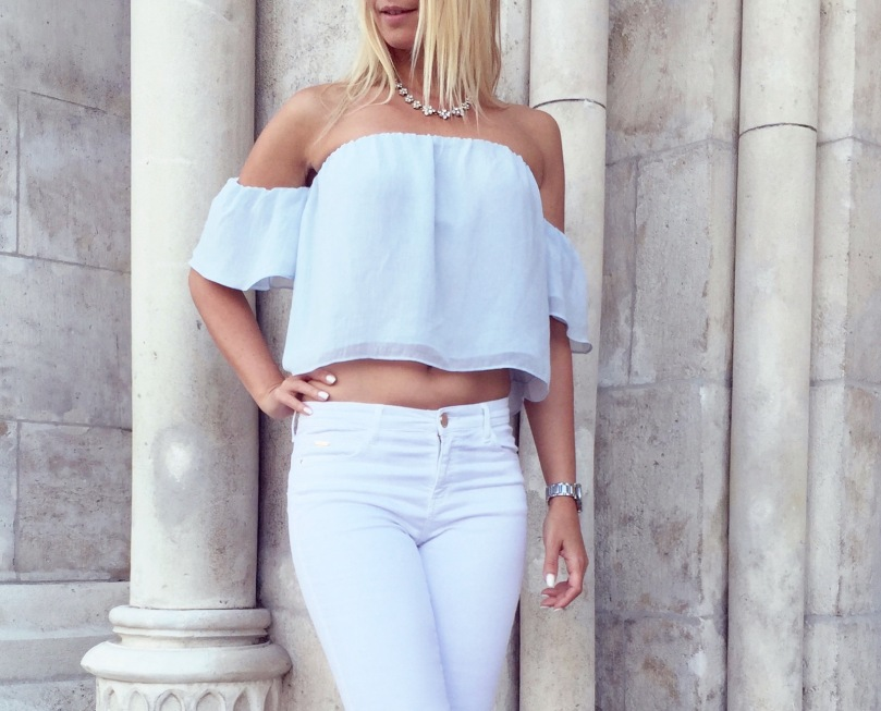 off_the_shoulder_outfit