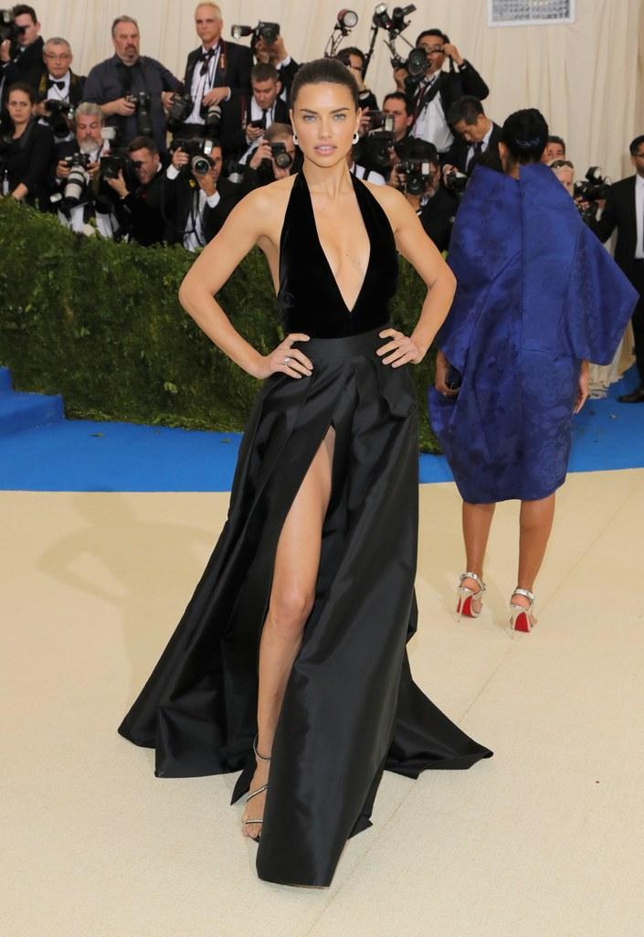 adriana lima alberta ferretti dress met gala 2017