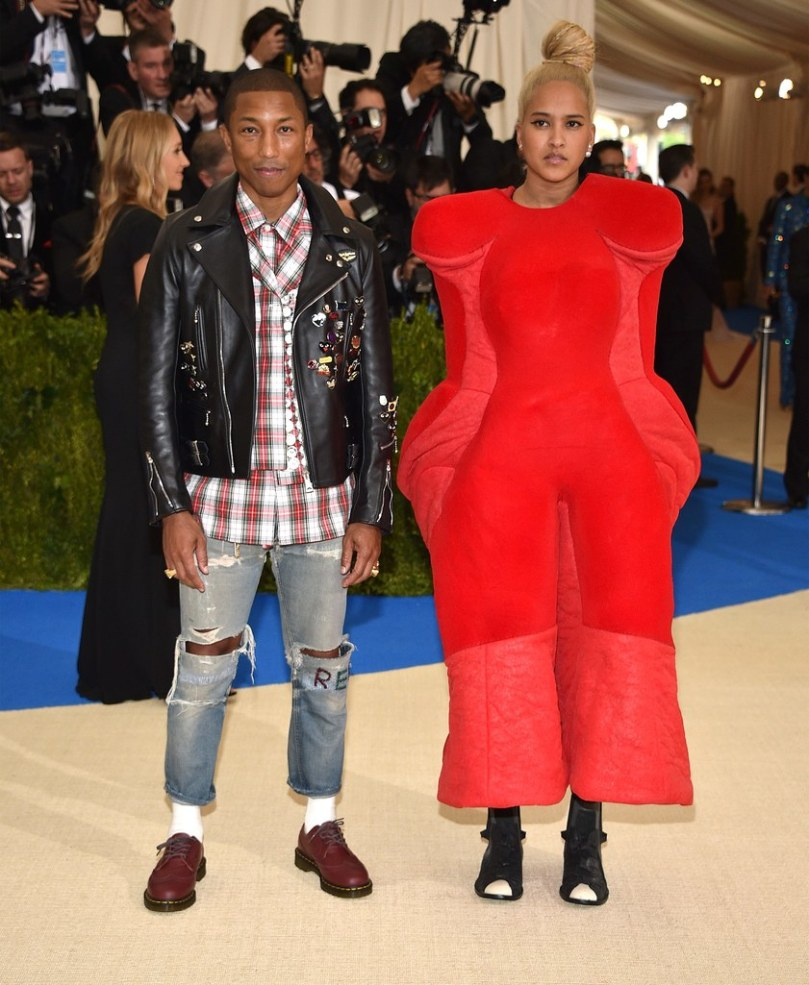 helen lasichanh comme des garcons dress met gala 2017