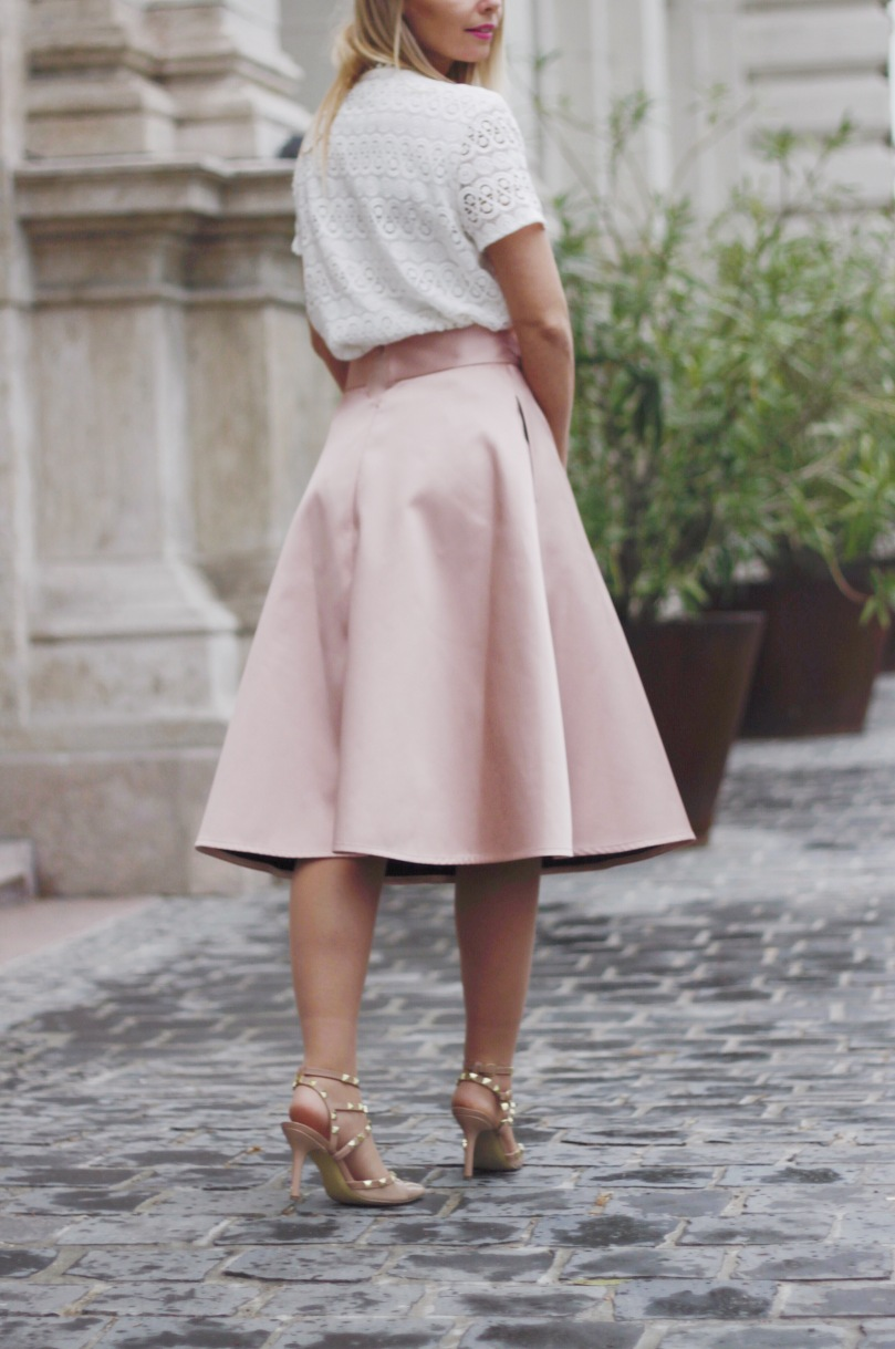 nude skirt lace top