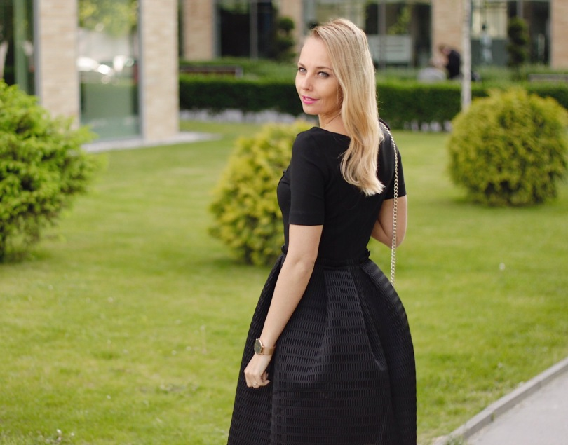 escada designer ruha