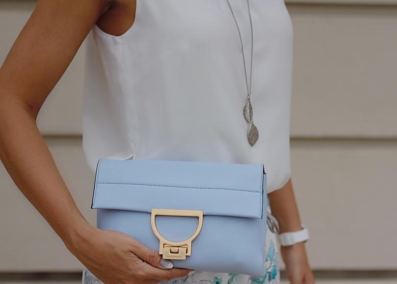 kék coccinelle táska
