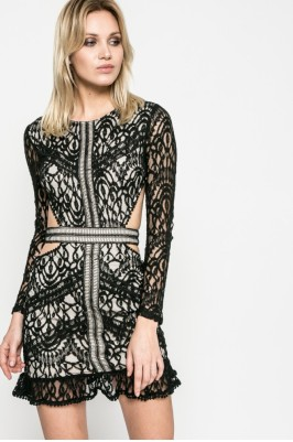 csipkés ruha missguided