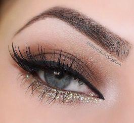 gold eyeliner make up