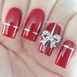 ezüst piros masnis karácsonyi köröm