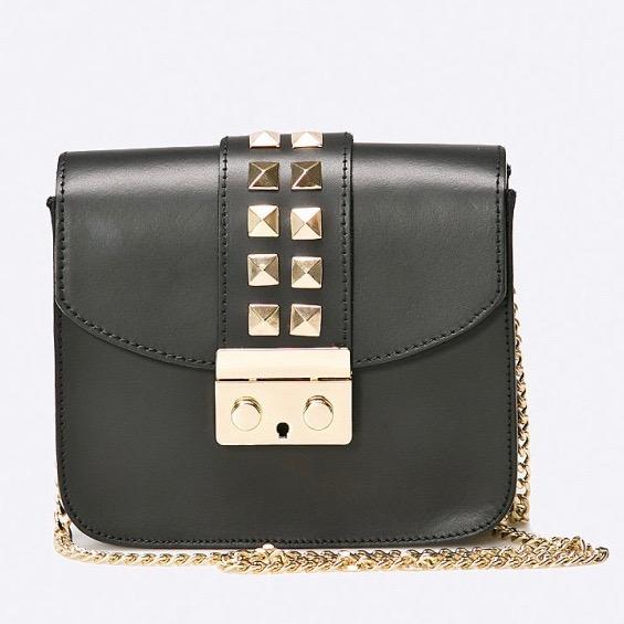 carinii fekete szegecses táska