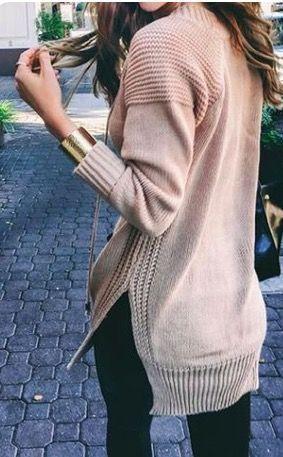 oldalt sliccelt kötött pulcsi