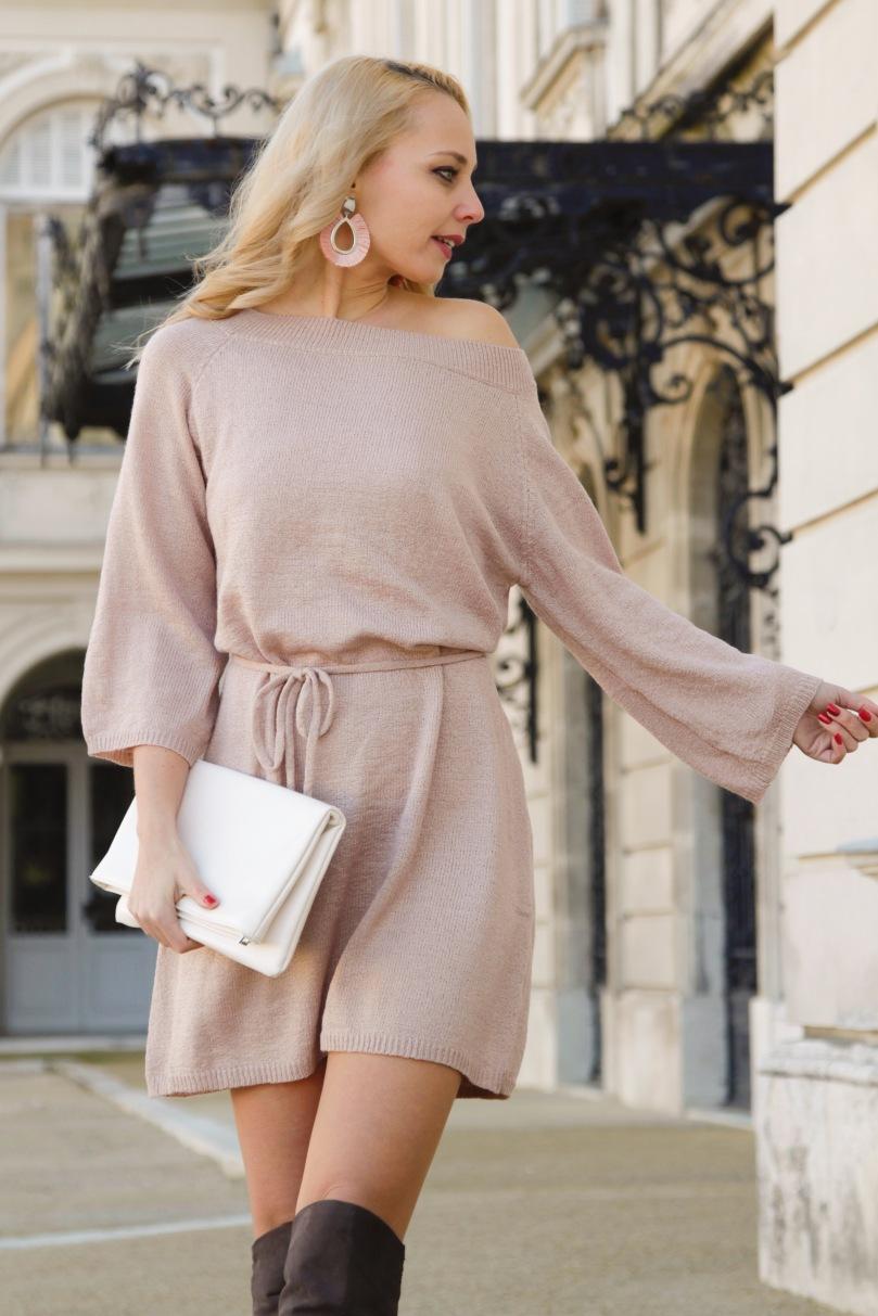 lezser elegancia kötött ruha térdcsizmával