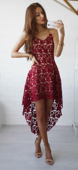 csipkés asszimetrikus nyári ruha