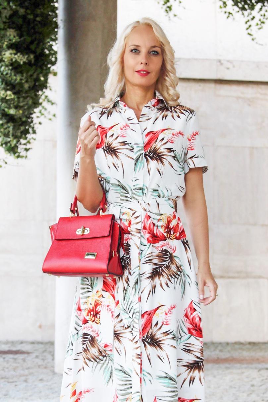 nyári ruha piros táska