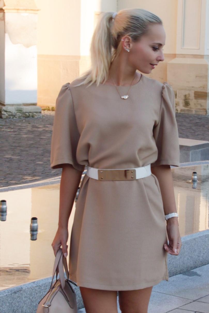 hrvt elegáns őszi ruha