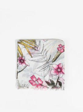 Parfois virágmintás kendő