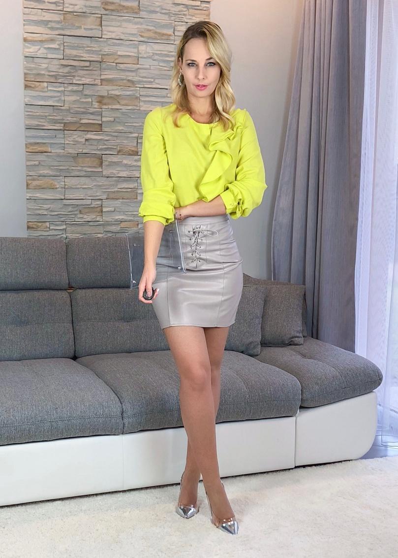neon tavaszi outfit