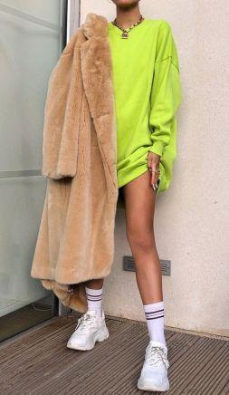 neon zöld pulcsi barna szőrme kabát