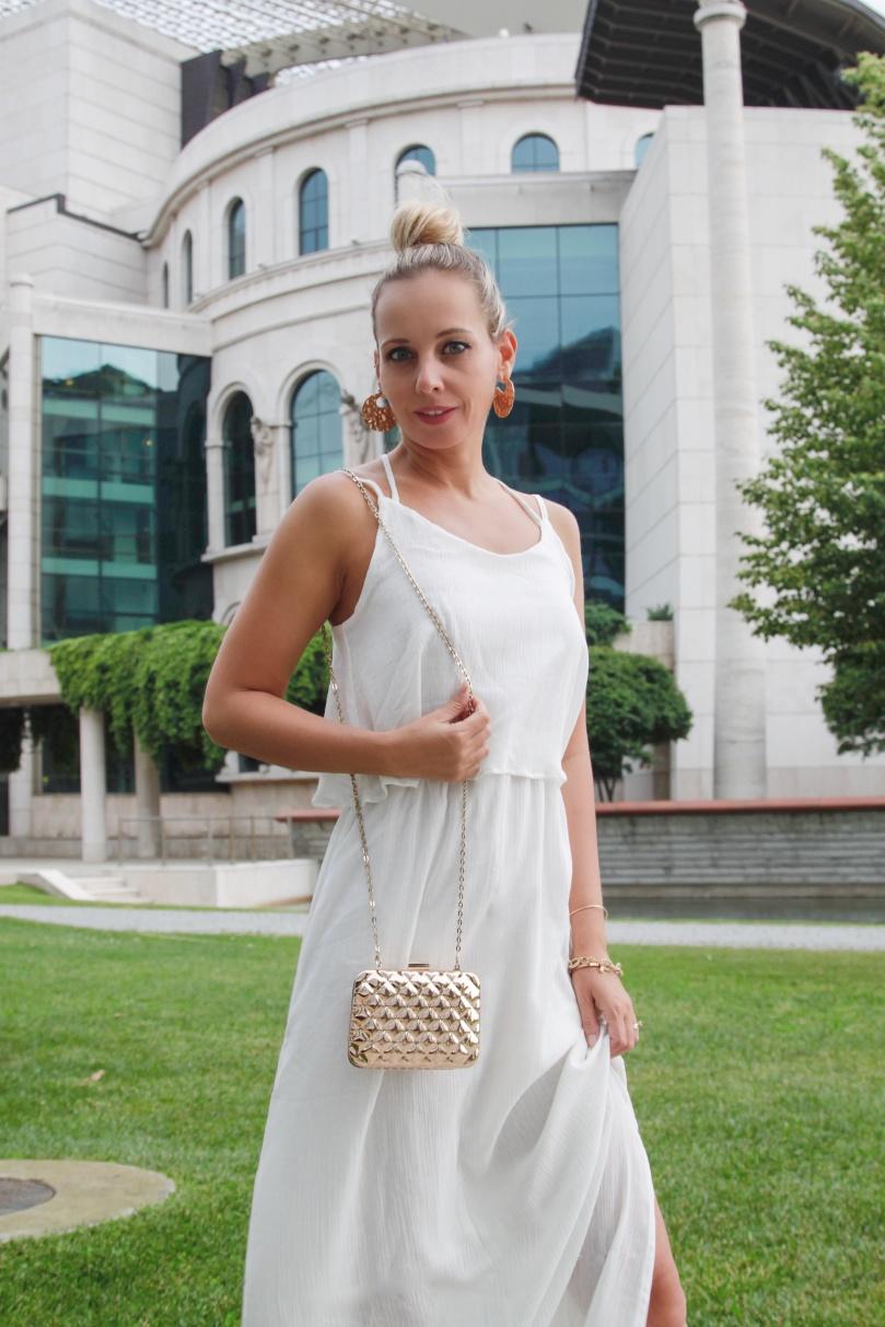 csinos fehér ruha