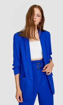 kék divatos blézer