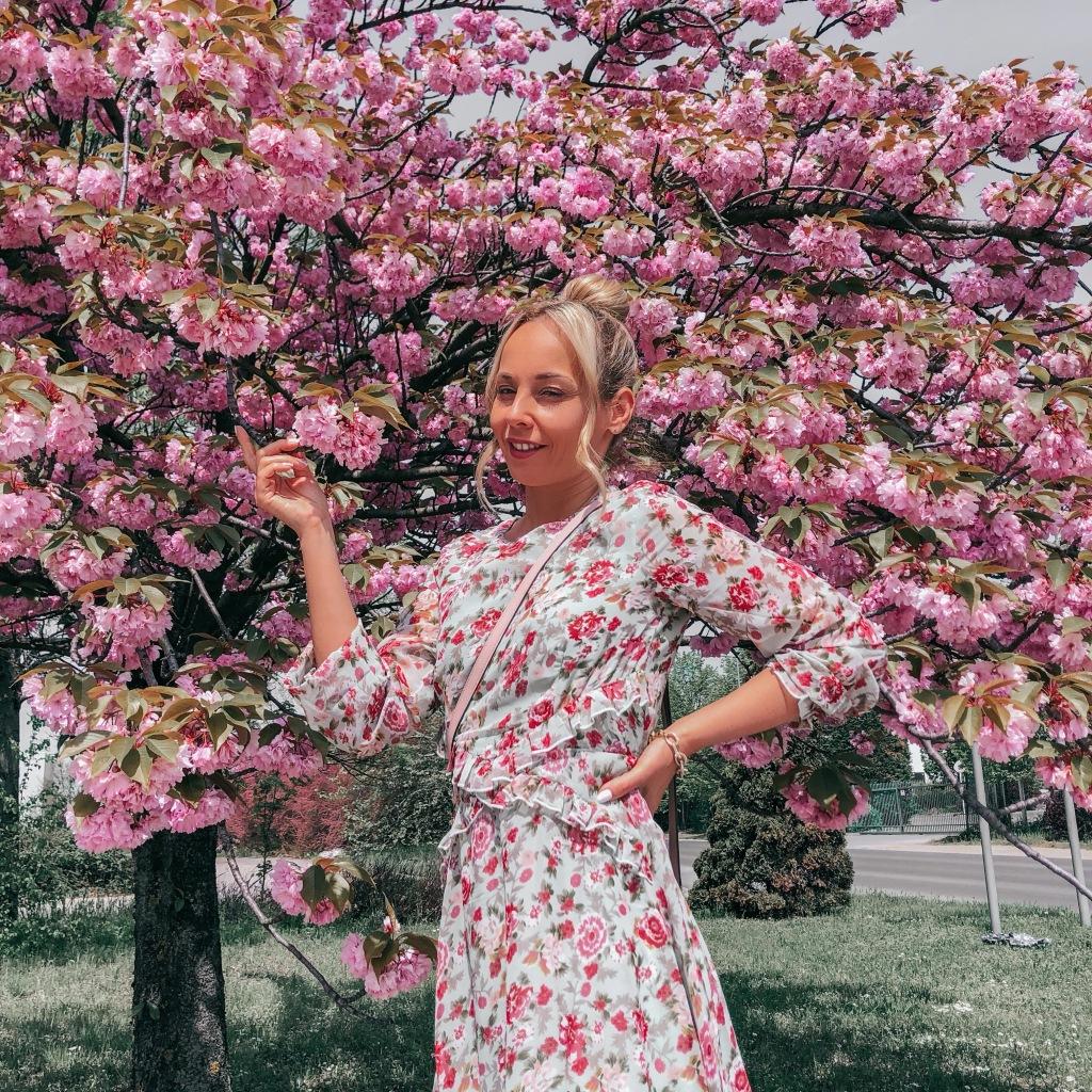 tavasz romantikus ruha fodros természet